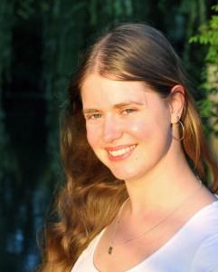 Portretfoto Nadine van Brederode - De Ontwaking.nl